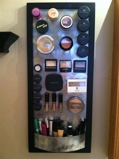34 Girls Room Decor Ideas To Change The Feel Of The Room Magnetic Board For Room