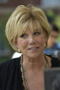 joan lunden s hairstyles joan lunden 64 she beat a very aggressive breast cancer