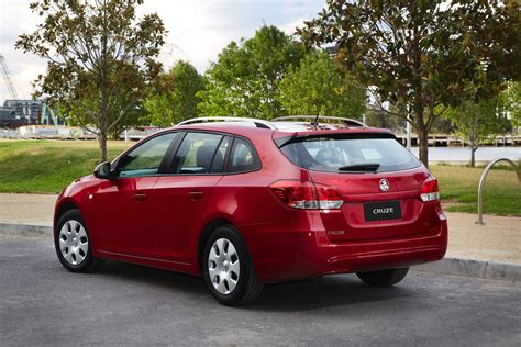 holden hatchback 2013 holden cruze sportwagon review caradvice