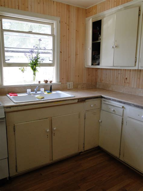 kitchen with beadboard the official of the new york institute of and