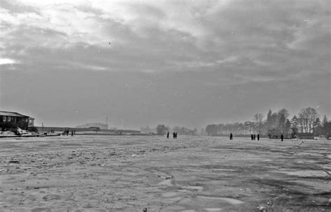 thames river frozen of climates past 1963 the last time the river thames