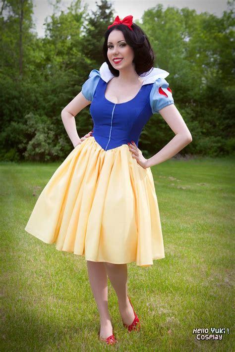 die besten 17 ideen zu handabdr 252 cke auf disney snow white costume