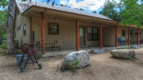 Frio Tx Cabins by Frio Country Lodging And Activities In Concan