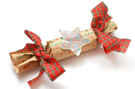 how to make christmas crackers 8 steps with pictures