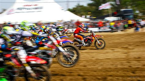 Holeshot Ktm Amazing Holeshot Pics Moto Related Motocross