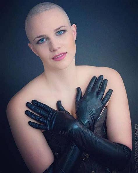 completely bald women completely bald women completely bald women completely