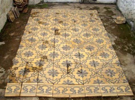 Safety Box Brankas Buku Antik Jadul Kuno Medium Size Usa Flag purwokerto antik tegel ubin antik sold