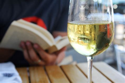 Summer Reading Vino Italiano by Wine And Book Pairings Your End Of Summer Reading List