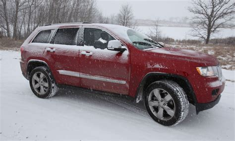 Jeep Grand In Snow 2011 Jeep Grand Review Digital Trends