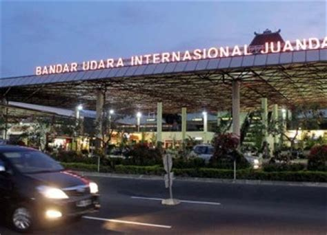 citilink bandara juanda bandara juanda layani pengalihan penerbangan pesawat