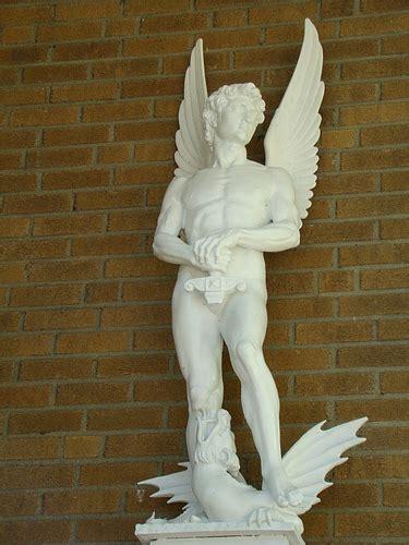 michelangelo sculptures rear view michelangelo and famous art michelangelo s david angel 15 ao 251 t 08 770 i didn t