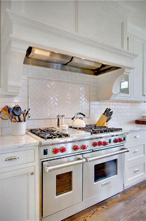 white subway tile kitchen 17 best ideas about white subway tile backsplash on