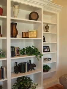 Decorating Built In Bookshelves Built In Bookshelf Decorating Ideas