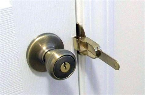 bedroom door lock from outside 93 bedroom door lock from outside deadbolt locker