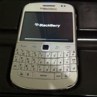 Iphone 4 Cdma 32gb Garansi 1th Platinums price hp murmer jakarta utara