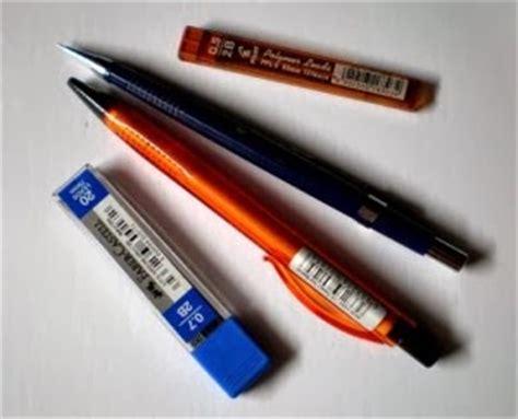 Pensil Mekanik 2b 2 0 Mm alat alat untuk menggambar is