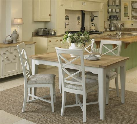 Cottage Oak and Painted Small Extending Dining Table   Oak