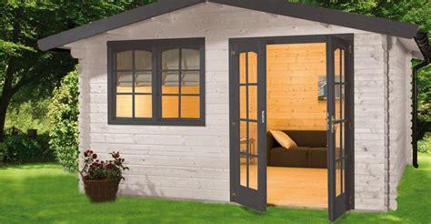 casetta legno da giardino impregnanti colorati casette da giardino in legno