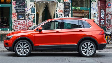 vw volkswagen 2017 vw tiguan 2 0 bitdi sel 2017 review by car magazine