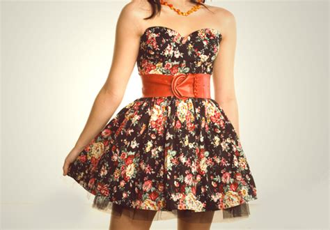 belt dress fashion floral image 119179 on