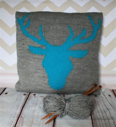 1000 ideas about knitted cushion pattern on