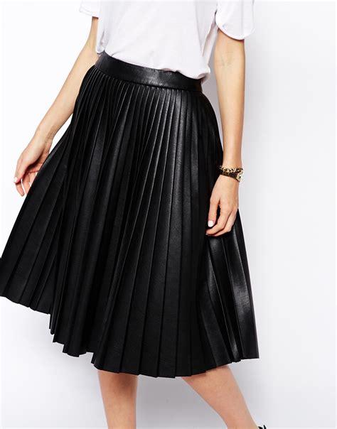 black leather pleated skirt black leather pleated skirt hazard golf clothing