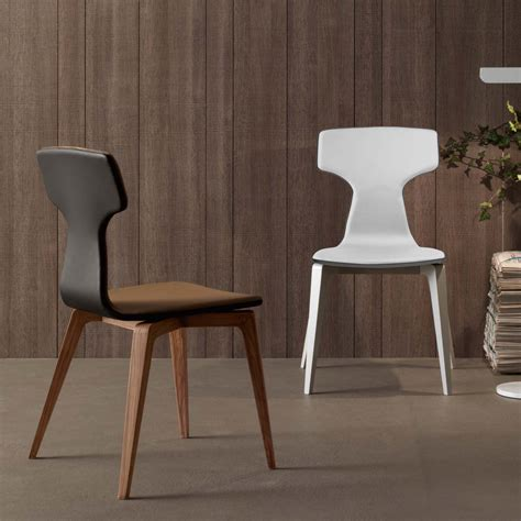 Modern Leather Dining Chair by How To Choose Modern Dining Chairs For Your Home