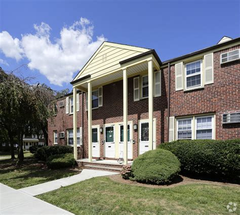 Garden Apartments Arlington Nj Riverview Gardens Rentals Arlington Nj