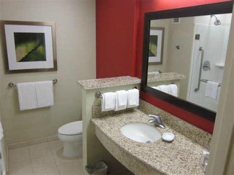 marriott bathrooms bathroom with courtyard native home garden design