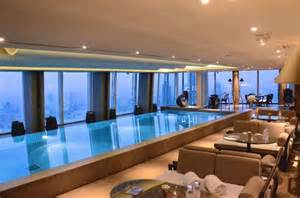 guests room sky pool picture of shangri la hotel at the shard