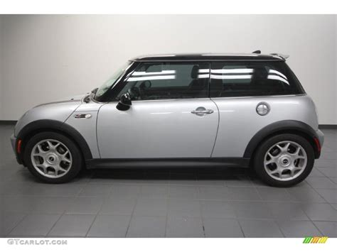 Mini Silver silver metallic 2006 mini cooper s hardtop exterior photo 63698574 gtcarlot