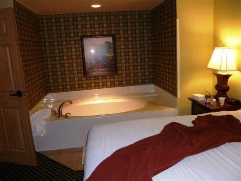 bedroom tube s huge seperate bedroom with whirlpool tube picture of