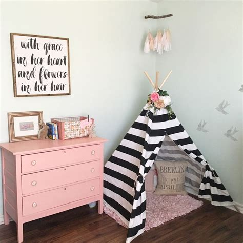 girl room decor 25 best ideas about toddler room decor on pinterest