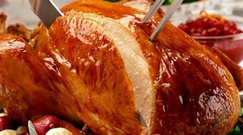 cuisiner la dinde dinde de thanksgiving cuisine ta m 232 re