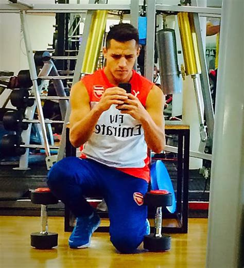 Alexis Sanchez Gym | photo arsenal s alexis sanchez hits the gym on his week