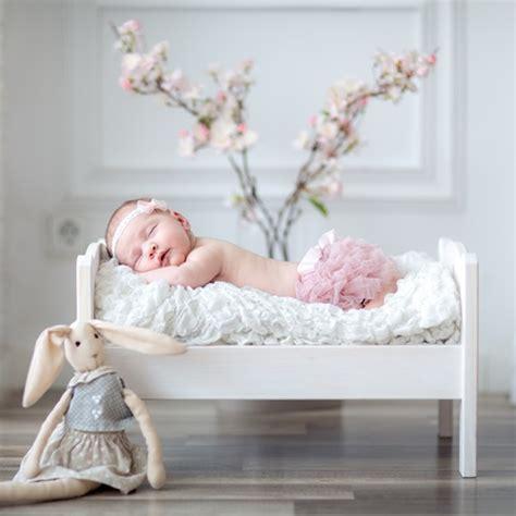 hände schlafen oft ein baby schl 228 ft nicht durch so lernt ihr baby schlafen