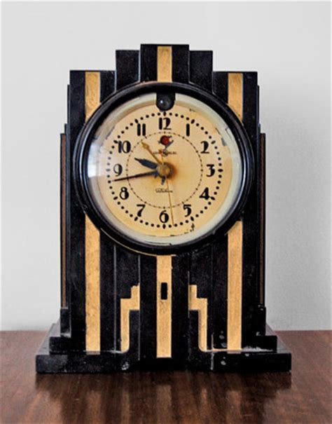 symbolism in the great gatsby mantle clock what to collect antique collection ideas country living