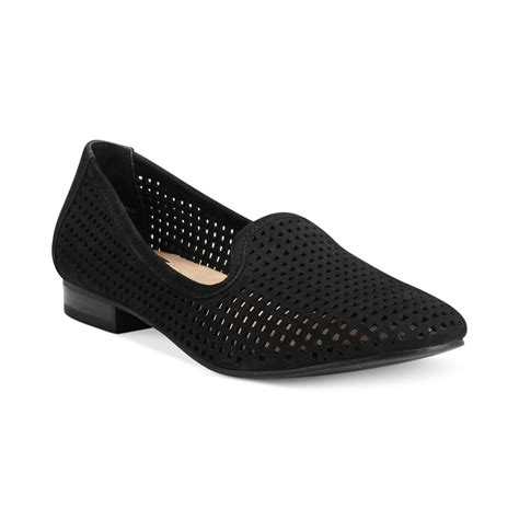 adam tucker shoes lyst me adam tucker yale flats in black