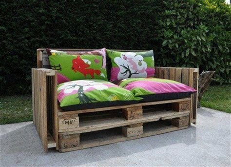 recycle couch ideas for best use of recycle pallets pallet furniture diy