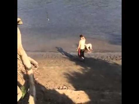 fat girl falls off swing fat chick falls off rope swing youtube