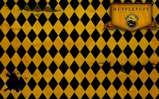 what are hufflepuffs colors hufflepuff wallpaper by tashab07 on deviantart