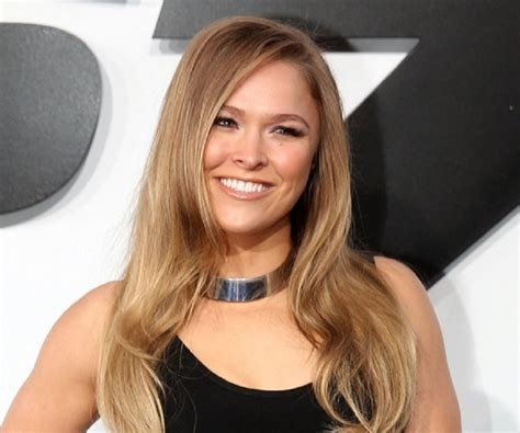 ronda rousey eye color ronda rousey hair colour ronda rousey hairstyles 17 best