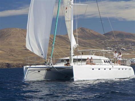 catamaran joya catamaran de lujo en lanzarote lanzalux