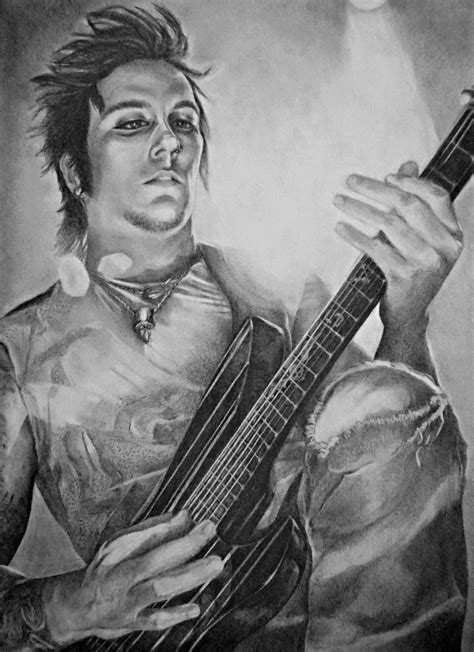 synyster gates synyster gates www imgkid the image kid has it