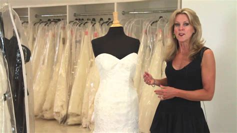The Best Bridal Gown Fit for an Hourglass Body Shape