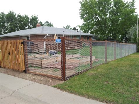 diy fence diy privacy fence a great way to ensure your privacy and finances