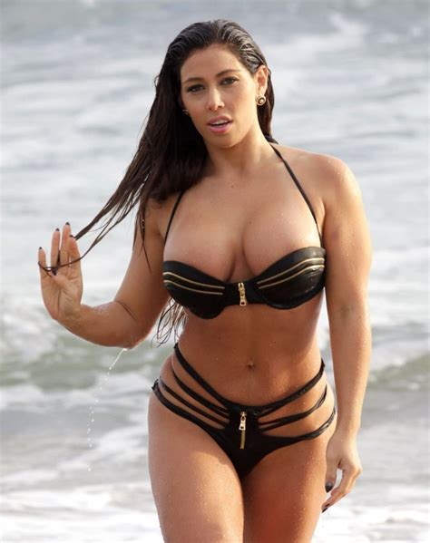 Carmen Ortega Photos Carmen Ortega Hits The Beach Zimbio