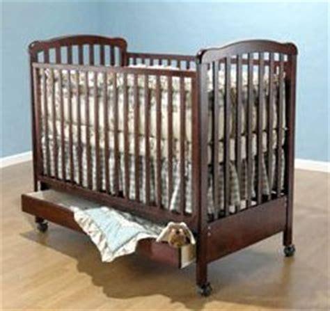 buying a baby crib buying a baby crib furniture