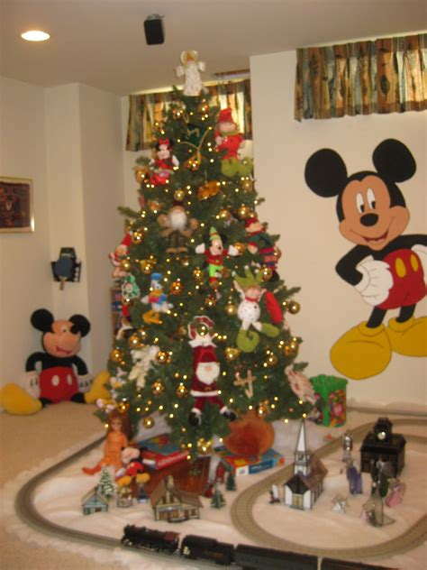disney christmas tree ideas disney tree ornaments