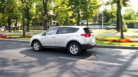 Toyota Rav4 Review 2014 by 2014 Toyota Rav4 Review Autoevolution